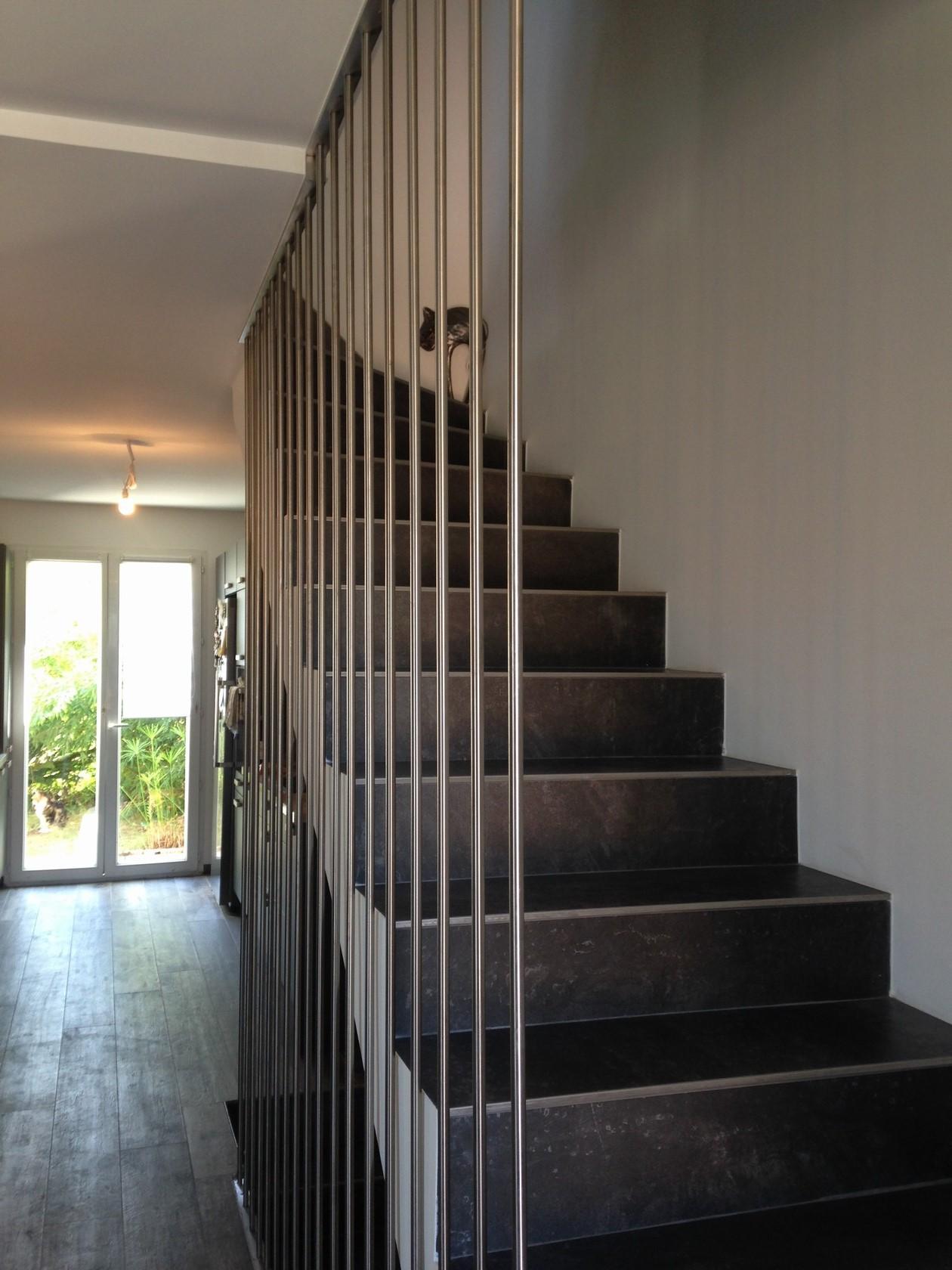 cage d 39 escalier moderne. Black Bedroom Furniture Sets. Home Design Ideas